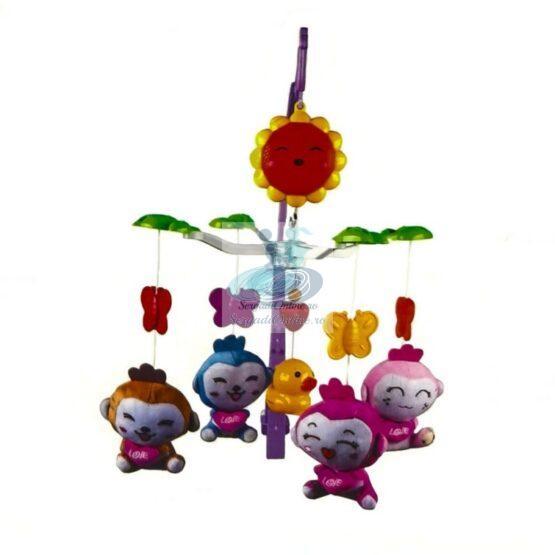 Carusel muzical patut cu figurine din plus